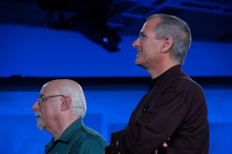 Стив Джобс после двенадцати лет отсутствия вернулся в компанию Apple.