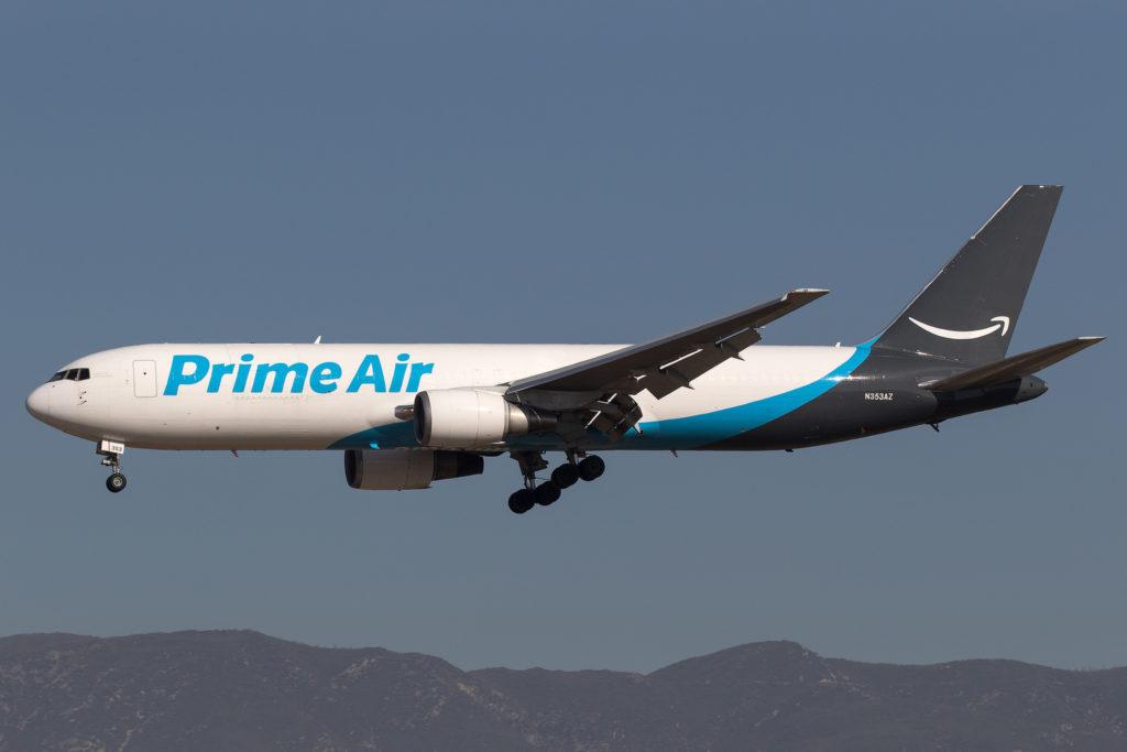 Prime Air - авиакомпания Amazon. Amazon предпочитает не полагаться на контрактные транспортные компании и стремится держать все аспекты своего бизнеса в собственных руках.