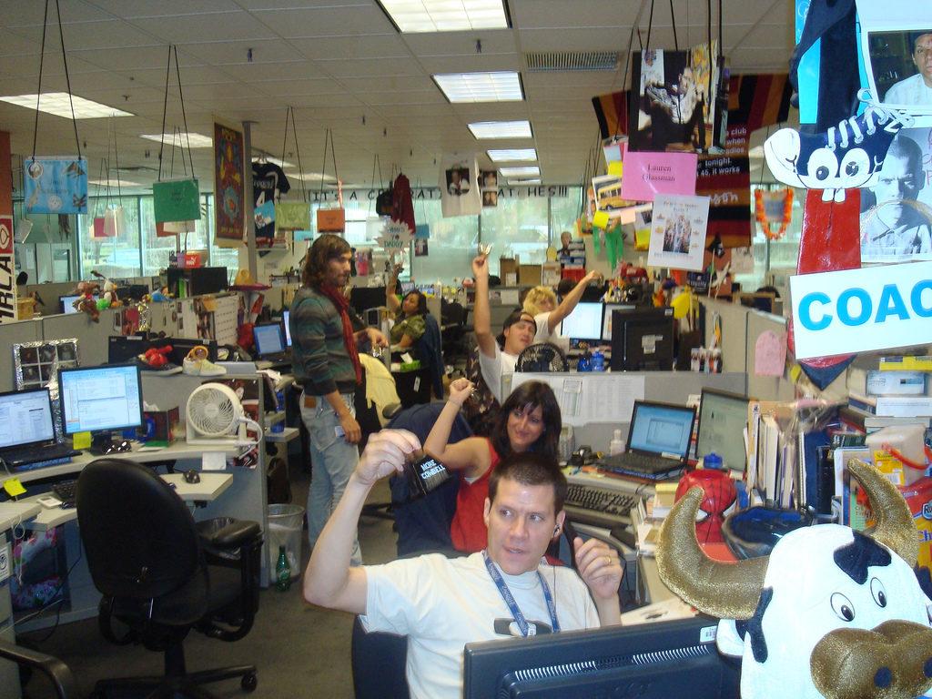 Холакратия на практике. Zappos - крупнейшая компания, внедрившая у себя принципы холакратии