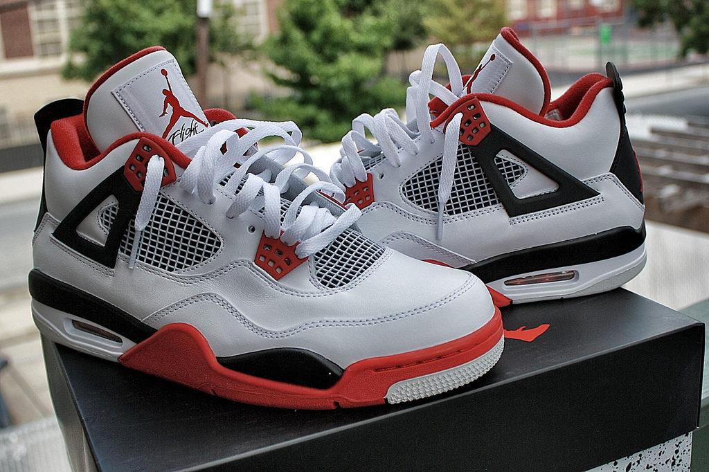 Nike Air Jordan 4. Сбои в планировании ресурсов могут стоить сотни миллионов.