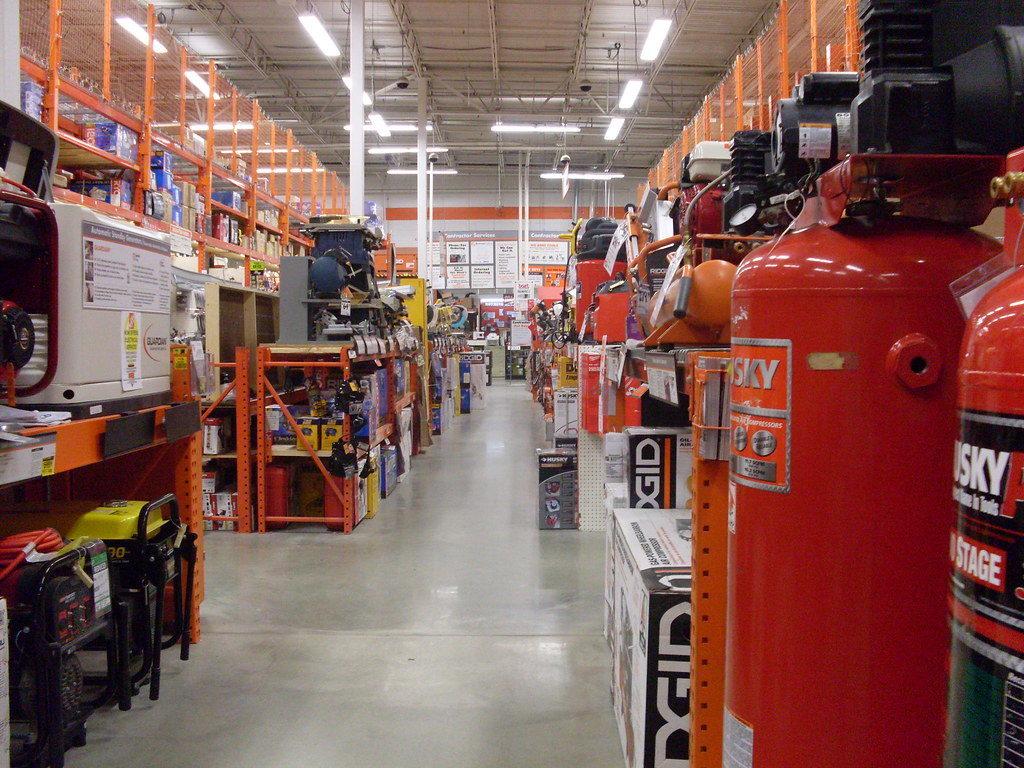 Удовлетворенность клиента - основа успешного бизнеса. Доказательством этого служит компания Home Depot.