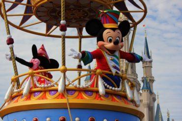 Переговоры работодателя с профсоюзом о нижнем белье. Как работники Walt Disney World боролись с педикулезом и чесоткой