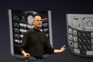 Торговая марка iPad была куплена, iPhone — отсужена. Apple была не первая компания, придумавшая эти названия