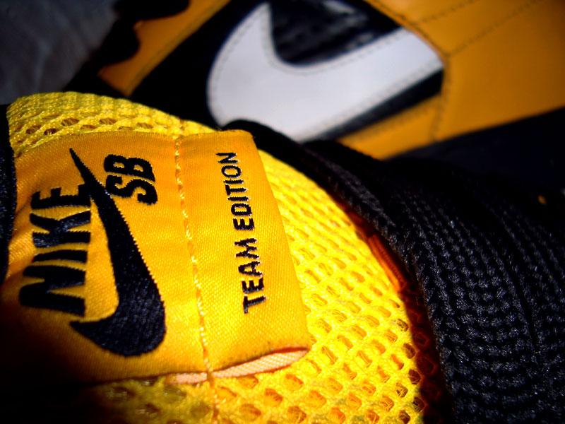 Логотип Nike - миллиардная эмблема за 35 долларов