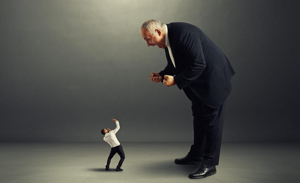 Плохие руководители становятся руководителями, потому они... плохи. Мнение экспертов