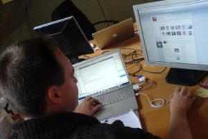 Нерабочее использование интернета на рабочем месте повышает продуктивность сотрудника
