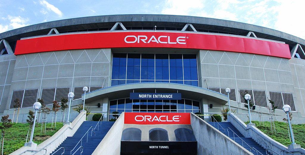 Oracle-арена в Окленде.