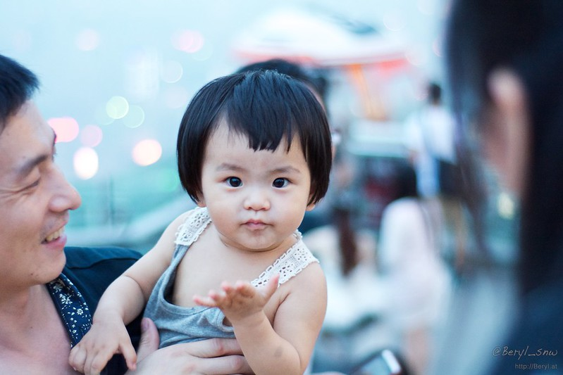 Давая имена китайским детям, можно заработать состояние
