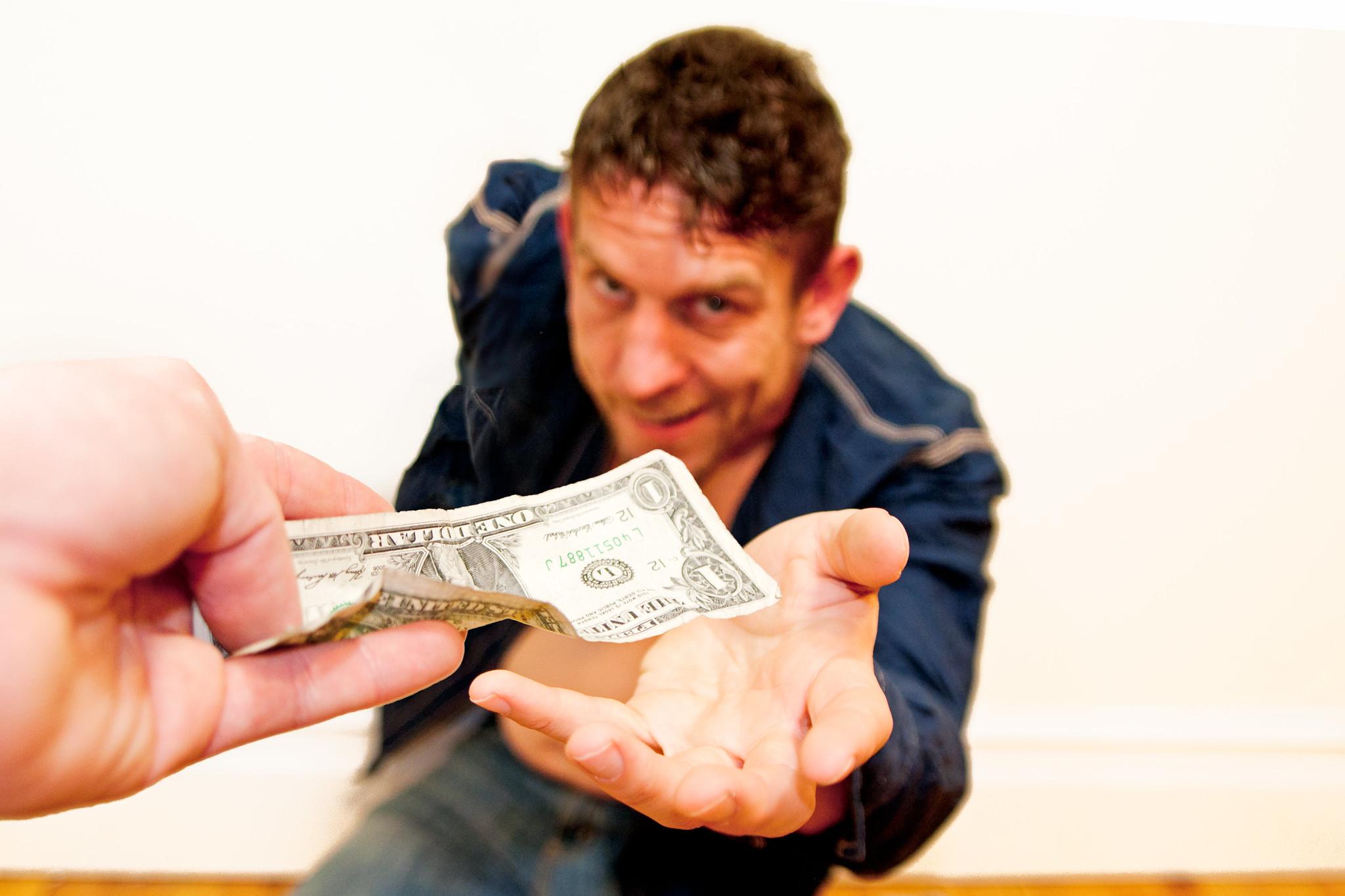 картинки просящие денег как