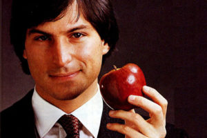 Стив Джобс в Советском Союзе. Почему в СССР так и не появилось производство Apple