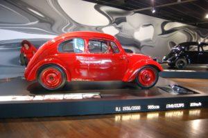 История Volkswagen Beetle. В 81 год «жук» уходит на покой