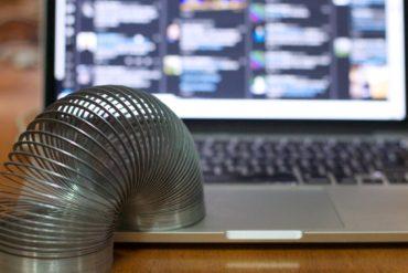 Пружинка на миллиард. Слинки — одна из самых прибыльных игрушек в истории