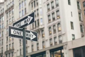 Как начинать бизнес — постепенно или с полной отдачей? Результаты исследования