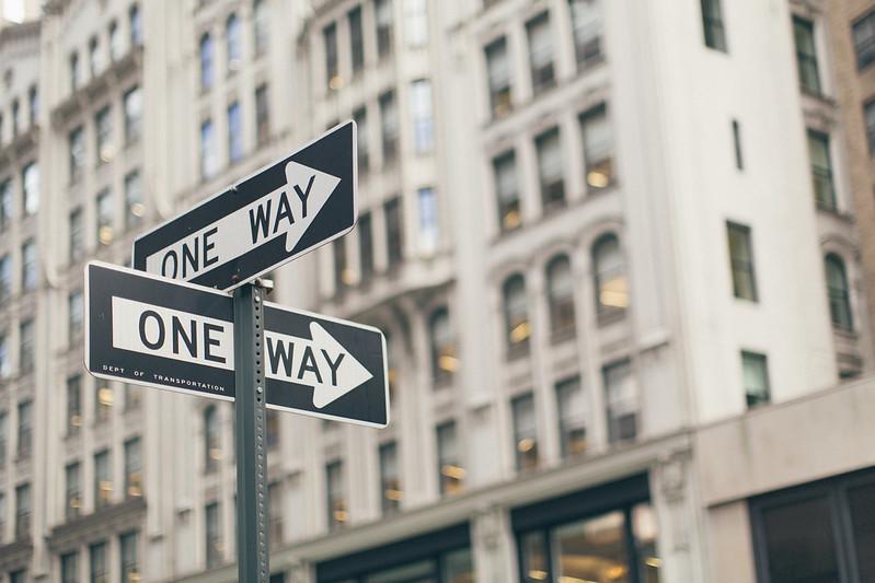 Как начинать бизнес - постепенно или с полной отдачей? Результаты исследования