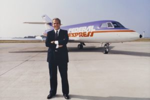 Как создатель FedEx спас компанию, играя в блэкджек