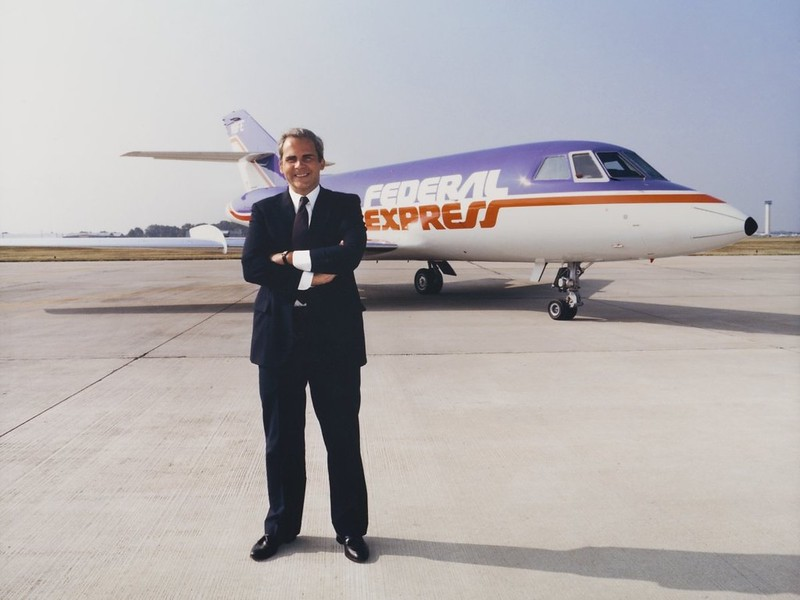 Как создатель FedEx, Фред Смит, спас компанию, играя в блэкджек