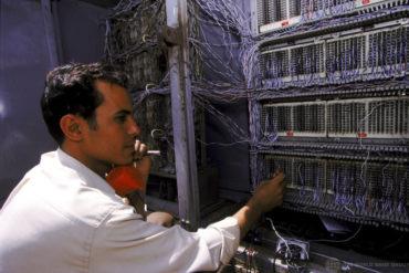 Минусы автоматизации. Как безработная получила счет на 12 тысяч триллионов евро, и служба поддержки отказывалась признавать ошибку