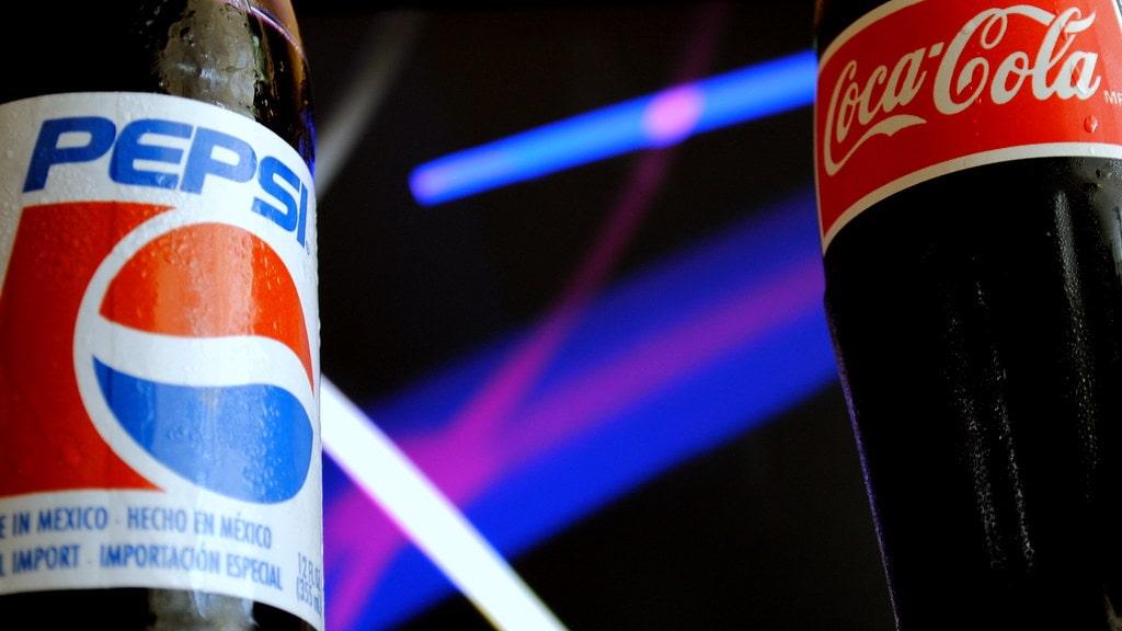 The Cola Wars. Войны кол - история конкуренции Pepsi и Coca Cola