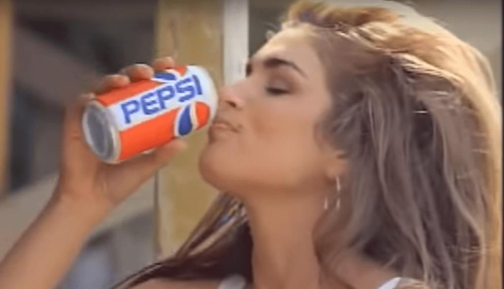Синди Кроуфорд в рекламе пепси