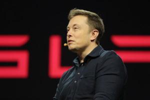 Илон Маск об инновациях: технологии не улучшаются сами по себе